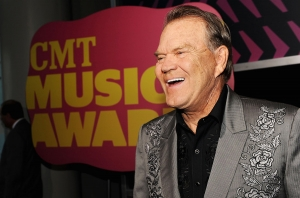 glen-campbell-2012-cma-billboard-1548