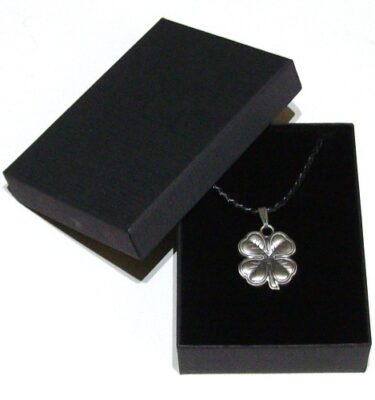 four leaf clover pendant necklace with gift box